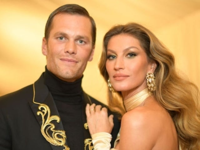 Tom Brady Packs on the PDA With Gisele Bundchen in Valentine's Day Selfie