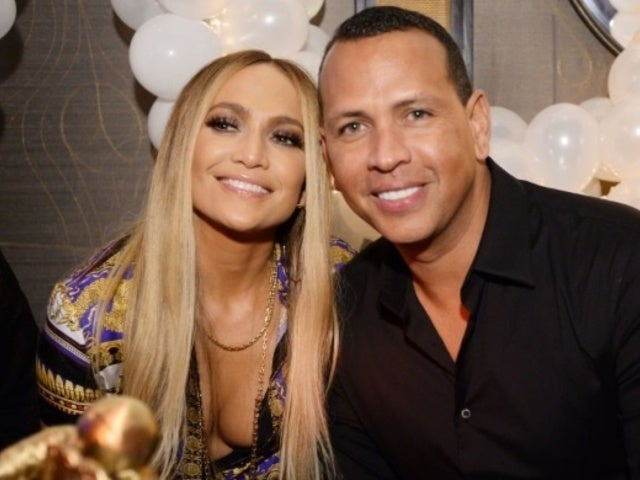Jennifer Lopez and Alex Rodriguez Reveal Glittery Engagement Ring in Photo