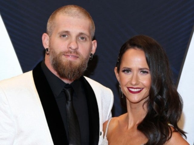 Brantley Gilbert Expecting Second Child With Wife Amber