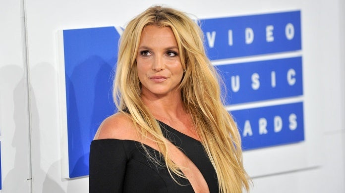 Britney Spears Spotted Leaving Mental Health Facility With Boyfriend Sam Asghari