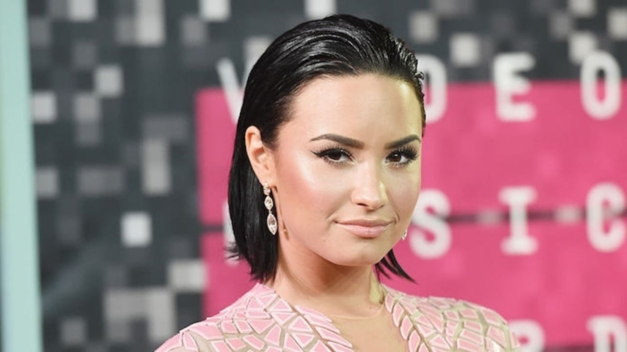 4ea0e12a0 Demi Lovato Fans Are Loving Her Newly Revealed Tattoo