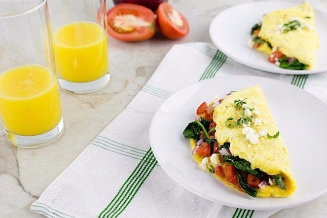 greek-omelet-featured-03-650x650-62944