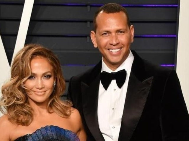 Jennifer Lopez and Alex Rodriguez Work out Together at Gym Ahead of Florida's Stay-at-Home Mandate