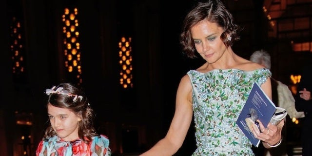 Katie Holmes' Daughter Suri Shares Uncanny Resemblance to Father Tom Cruise in New Photos