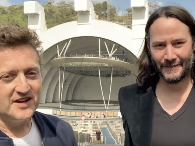 'Bill & Ted 3' Stars Keanu Reeves and Alex Winter Announce 2020 Release Date