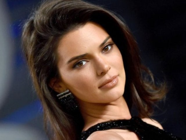 Coronavirus: Kendall Jenner Blasts Claims She's Not Quarantining After Sharing Photo From Car