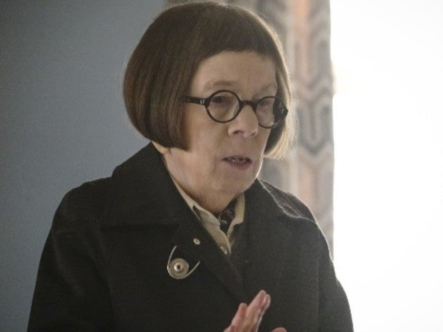 'NCIS: Los Angeles': Linda Hunt's Hetty Makes Dramatic Return During Deeks and Kensi's Wedding