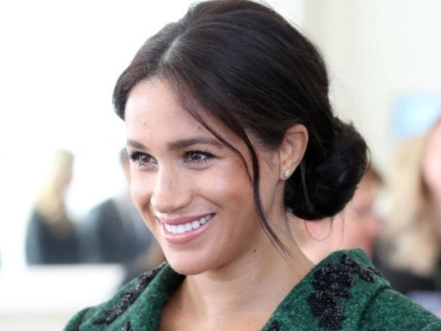 Meghan Markle Sparks Speculation Among Fans After Spotted Without Engagement Ring