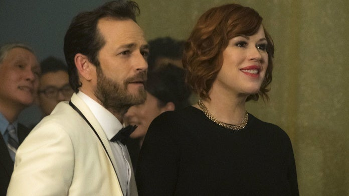 riverdale molly ringwald luke perry