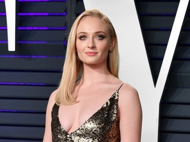 'Game of Thrones' Star Sophie Turner Reveals What Helped Her During Battle with Depression