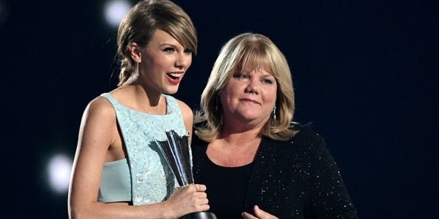 Taylor Swift Reveals Mother Andrea Swift Diagnosed With Brain Tumor
