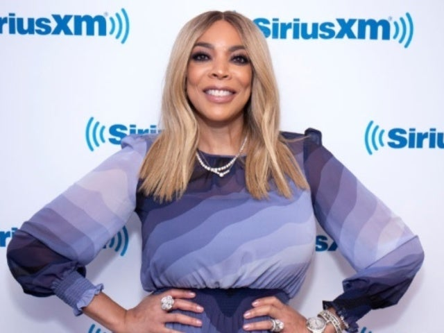 Wendy Williams Awkwardly Smooches Meek Mill in New Photo