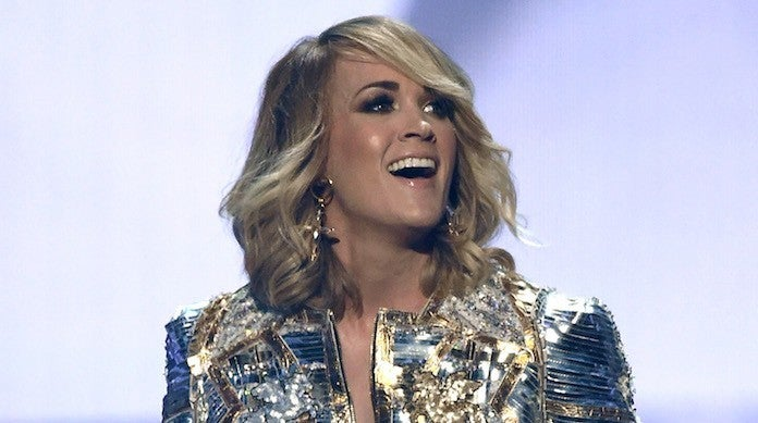 acm-awards-carrie-underwood-2017