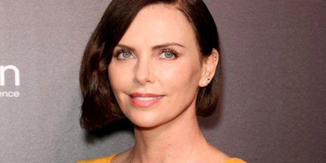 charlize_theron_son_daughter
