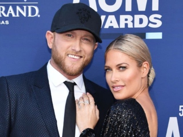 ACM Awards: Cole Swindell and Girlfriend Barbie Blank Make Red Carpet Debut