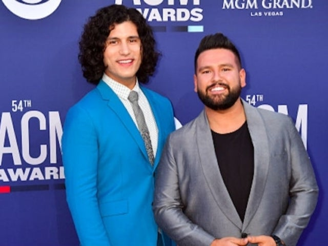 Dan + Shay Tease Live Performance of '10,000 Hours' With Justin Bieber