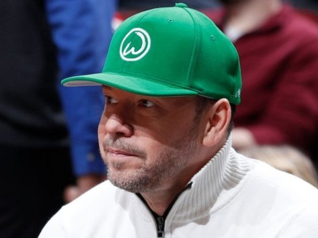 'Blue Bloods' Star Donnie Wahlberg Pays Twitter Tribute to John Havlicek, Longtime Boston Celtics Player