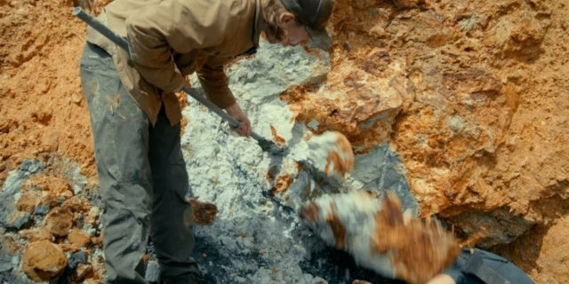 'Gold Rush: Parker's Trail': Dangerous Rock Falls Worry ...