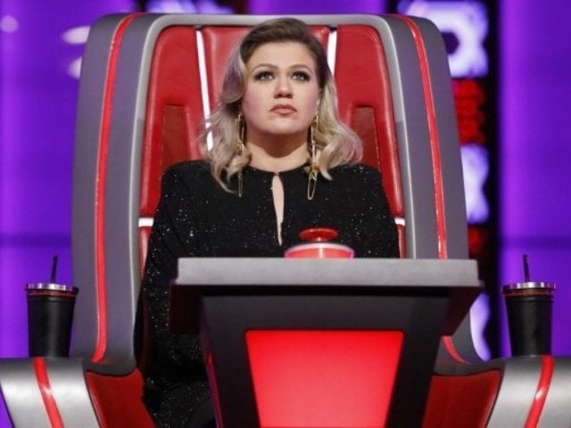 Kelly Clarkson Hospitalized for Appendix Surgery After 2019 Billboard Music Awards