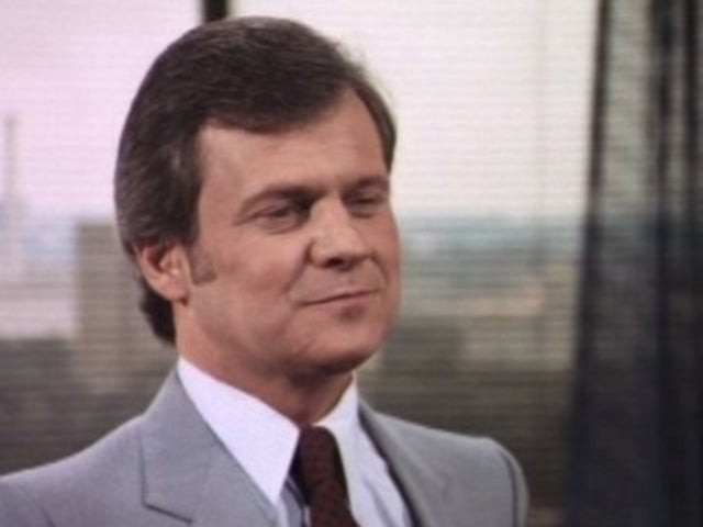 Ken Kercheval's 'Dallas' Fans Mourn the Loss of 'Charming' Actor