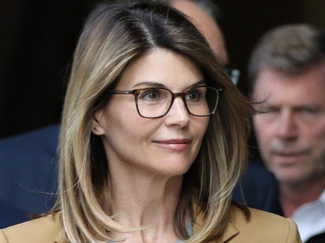 Lori Loughlin Reportedly Rejected Plea Deal Amid New Money Laundering Charges
