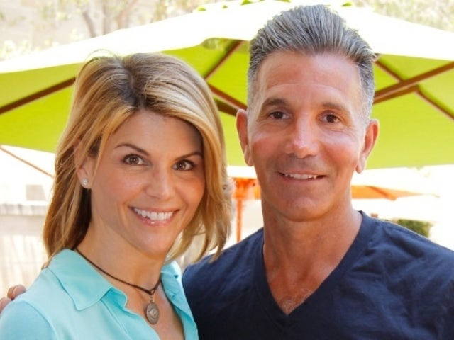 Lori Loughlin and Mossimo Giannulli Reportedly Not 'Taking Any Type' of Plea Bargain Following College Admissions Scandal
