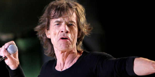 mick_jagger_heart_rolling_stones