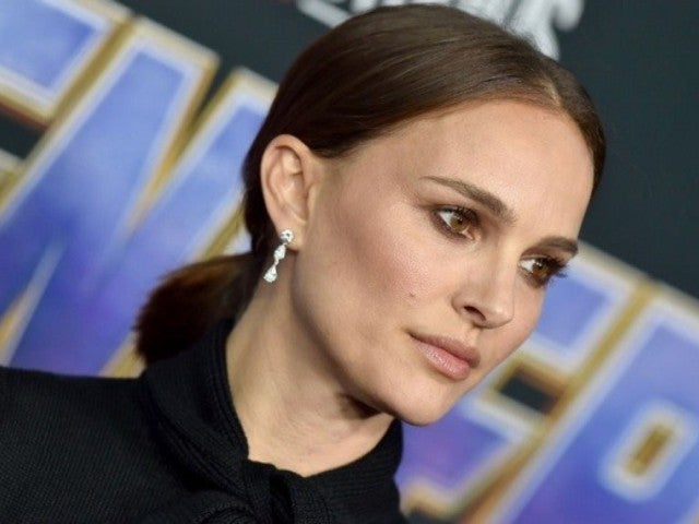 Natalie Portman Responds to 'Lucy in the Sky' Diaper Controversy in Humorous Fashion