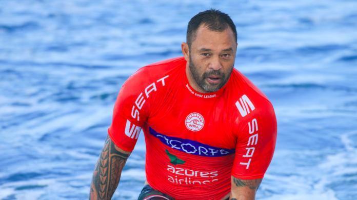 pro-surfer-sunny-garcia