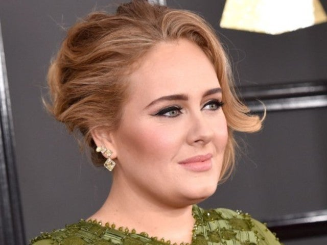 Adele's Reported 100-Pound Weight Loss Has Fans Applauding Her