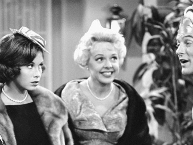 Barbara Perry, 'The Dick Van Dyke Show' Actress, Dead at 97