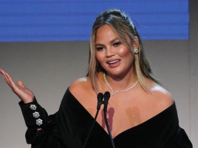 Chrissy Teigen Issues Sarcastic Apology for Spoiling 'The Voice' Season Finale