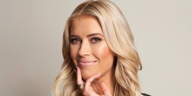 Christina Anstead Is Eating Her Placenta 1 Week After Welcoming Son, and Social Media Has Thoughts