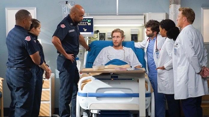 greys-anatomy-station-19-crossover-abc-scott-everett-white-doctors-firefighters
