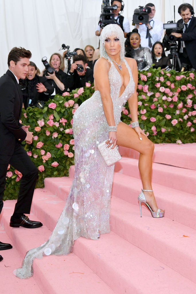 Met Gala Jennifer Lopez Rocks Leggy Low Cut Dress