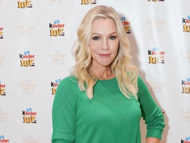Jennie Garth Shares Why 'Beverly Hills, 90210' Reboot Is Happening Now