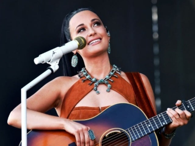 Kacey Musgraves Refuses Fans' Shoey Request During Sydney Concert