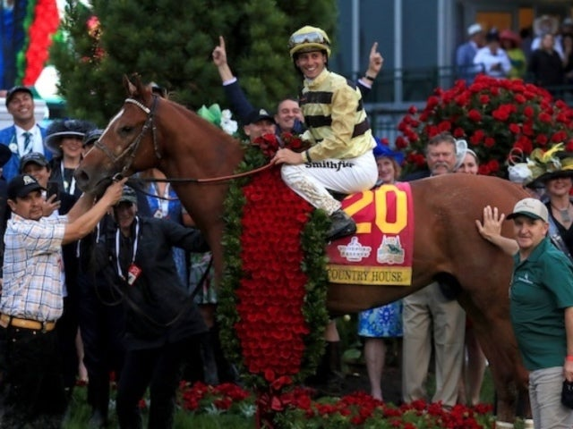 Kentucky Derby: Louisville Crowds Boo Trophy Presentation Following Maximum Security's Disqualification