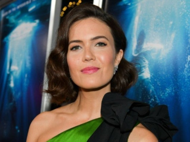 Mandy Moore Fans Concerned About Her Continuing Climbing Mount Everest