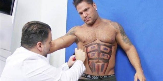 ronnie-ortiz-magro-abs-2