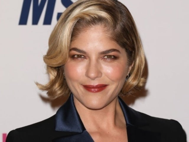 Selma Blair's Racy Mirror Photo Posted Amid Chemotherapy Has Her Social Media Comments Lit Up