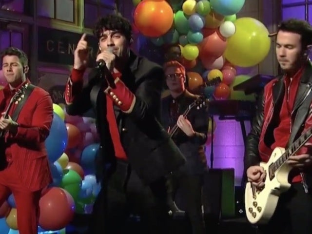 'SNL': Jonas Brothers Return With Fun-Filled Performances and Fans Can't Get Enough