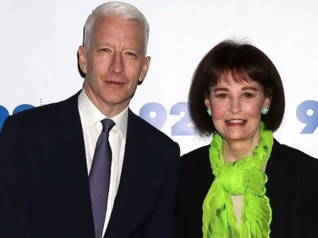 Anderson Cooper Calls Mom Gloria Vanderbilt's Final Days the 'Most Extraordinary Days of My Life'
