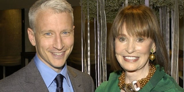 anderson-cooper-gloria-vanderbilt_getty-Rabbani and Solimene Photography : Contributor