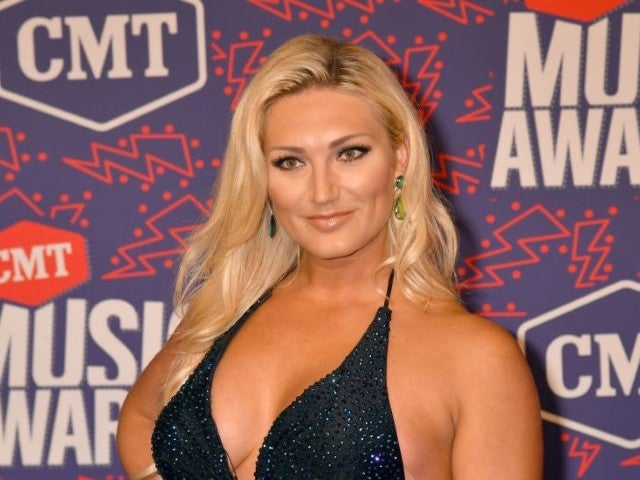 CMT Awards: Hulk Hogan's Daughter Brooke Resurfaces for Rare Red Carpet Appearance