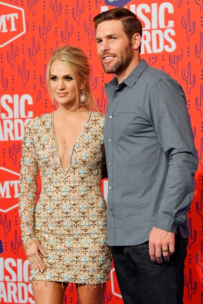 Carrie Underwood Mike Fisher CMT Awards