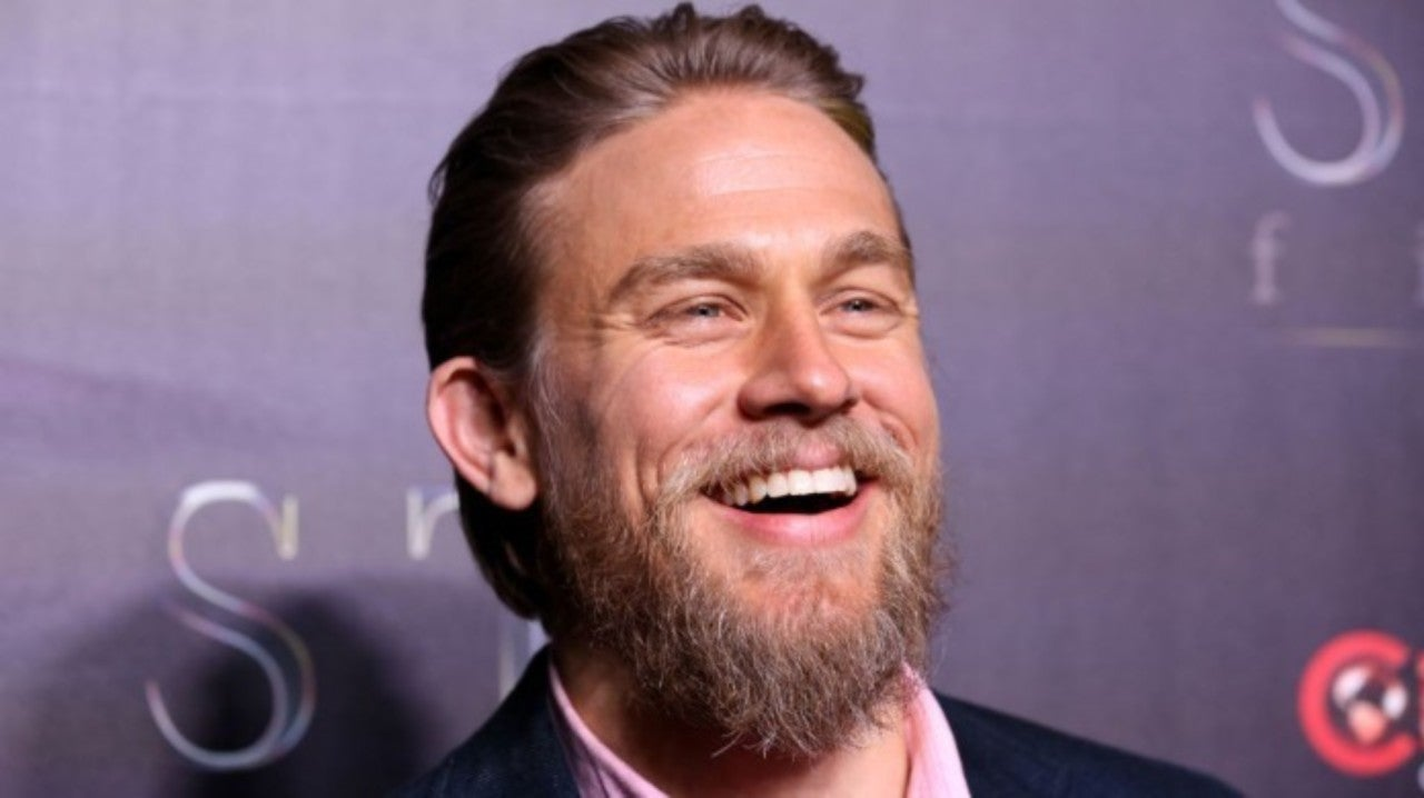 Sons Of Anarchy Star Charlie Hunnam Looks Unrecognizable With Heavy Beard For New Movie Waldo