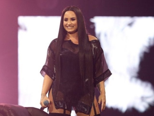 Demi Lovato Shows off Her Fangirl Powers at Christina Aguilera's Las Vegas Show