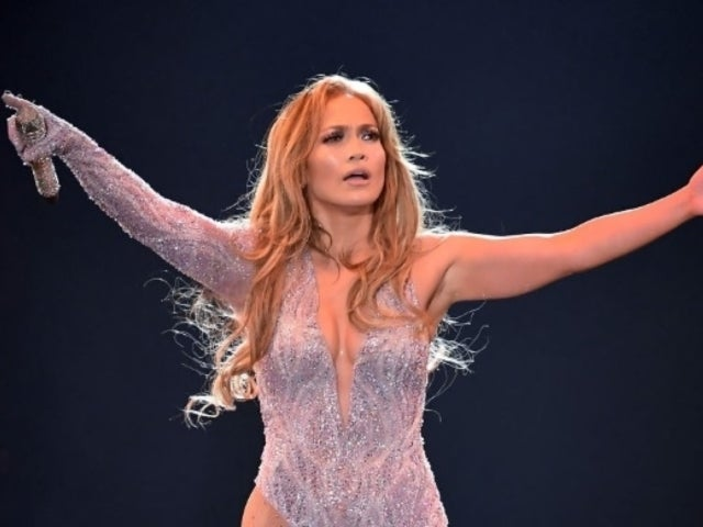 Jennifer Lopez Fans Fell in Love With Her Singing Onstage With Daughter Emme