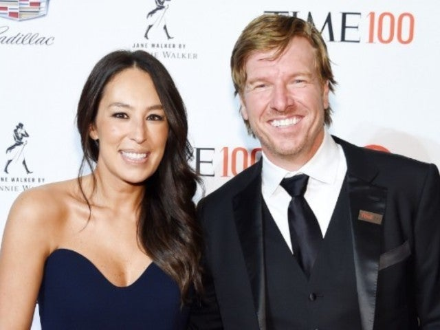 Joanna Gaines Celebrates 'Strongest, Bravest, Funniest' Dad Chip Gaines on Father's Day